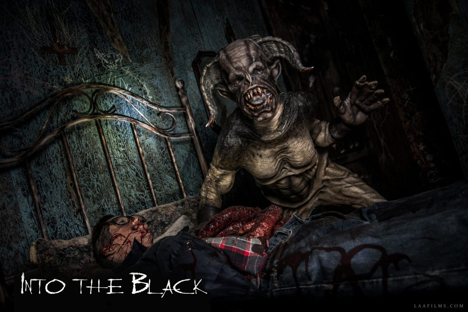 Into the Black VR Immersive horror haunted house experience - Larry Bones